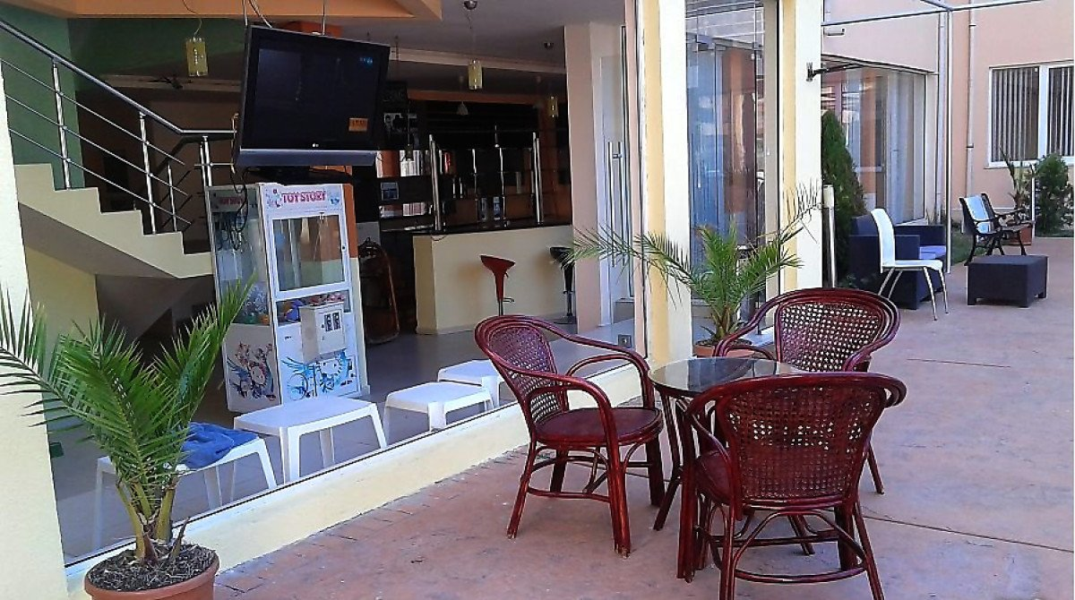 For Sale: Fully equipped bar-bistro with an area of 149 sq.m.