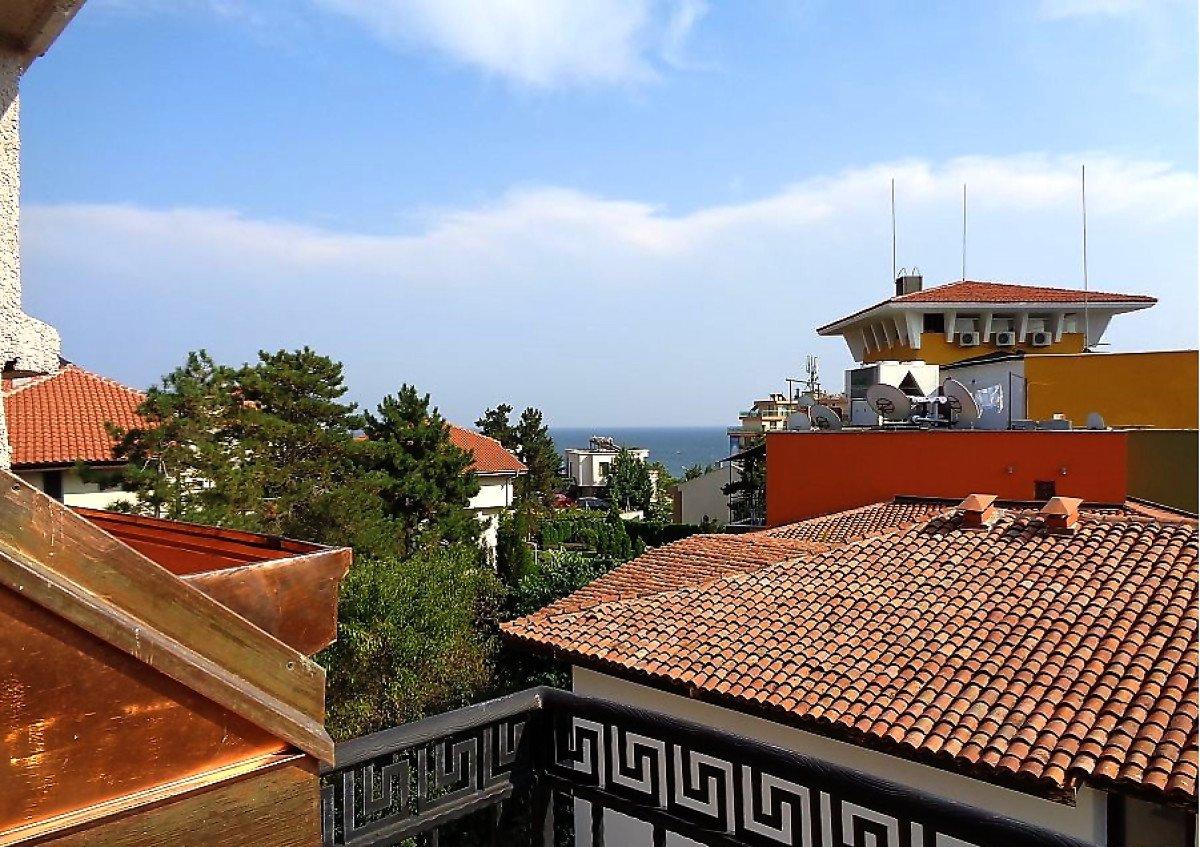 Продава: Страхотен хотел във вилна зона Слънчев бряг