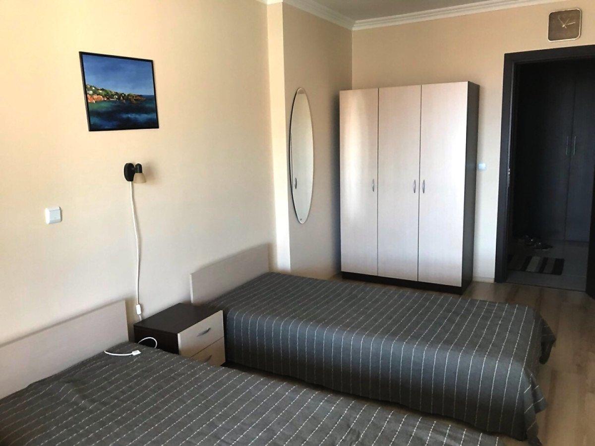 Продава: Прекрасен апартамент с две спални и изглед към морето