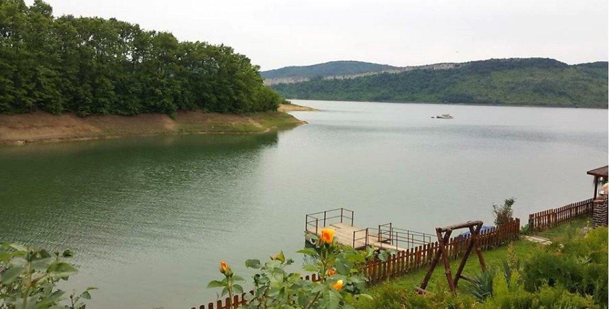 Продажа: Комплекс-отель с видом на озеро.