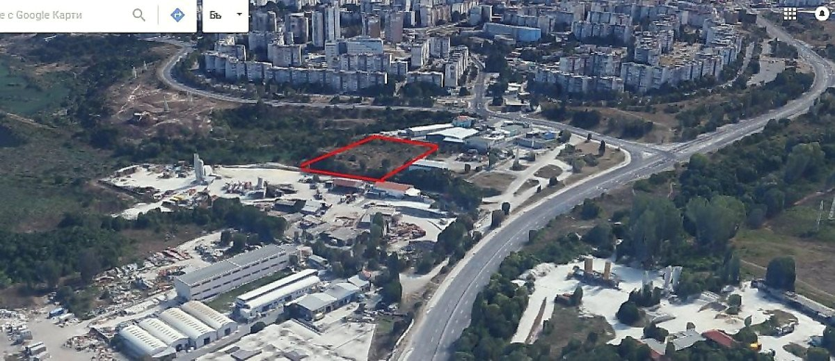 For Sale: Industrial plot of land