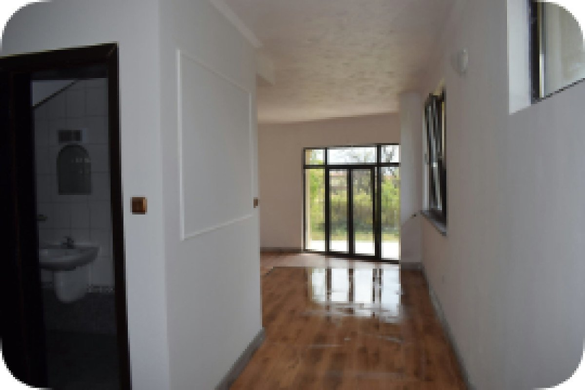 For Sale: Beautiful house/villa in a gated complex near Sunny Beach