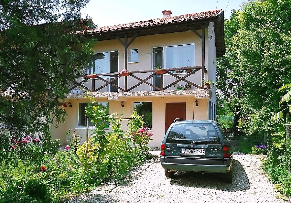 For Sale: Two-storey house in the village of Livada