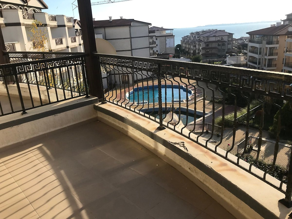 For Sale: One-Bedroom Apartment with Sea View