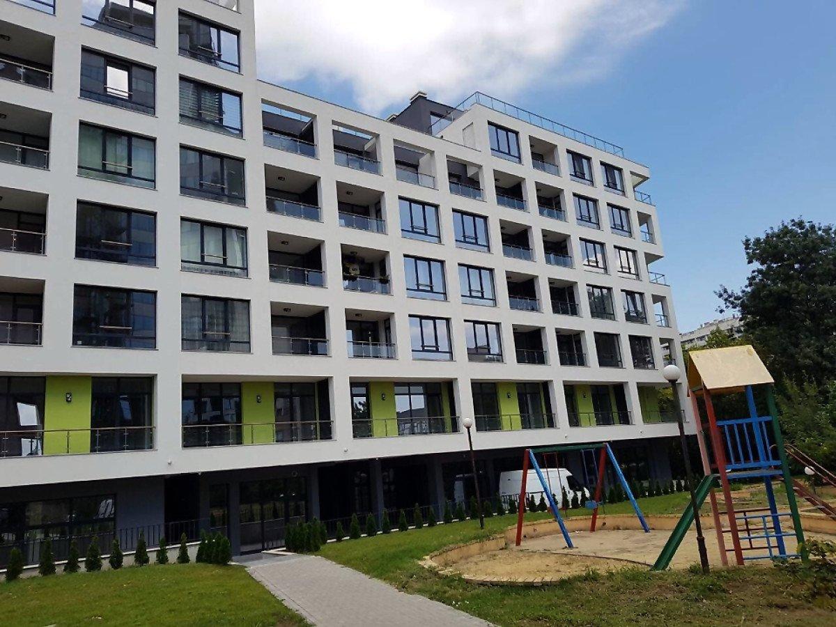 Продажа: Парко-место в новом роскошном здании ж.к. Славейков