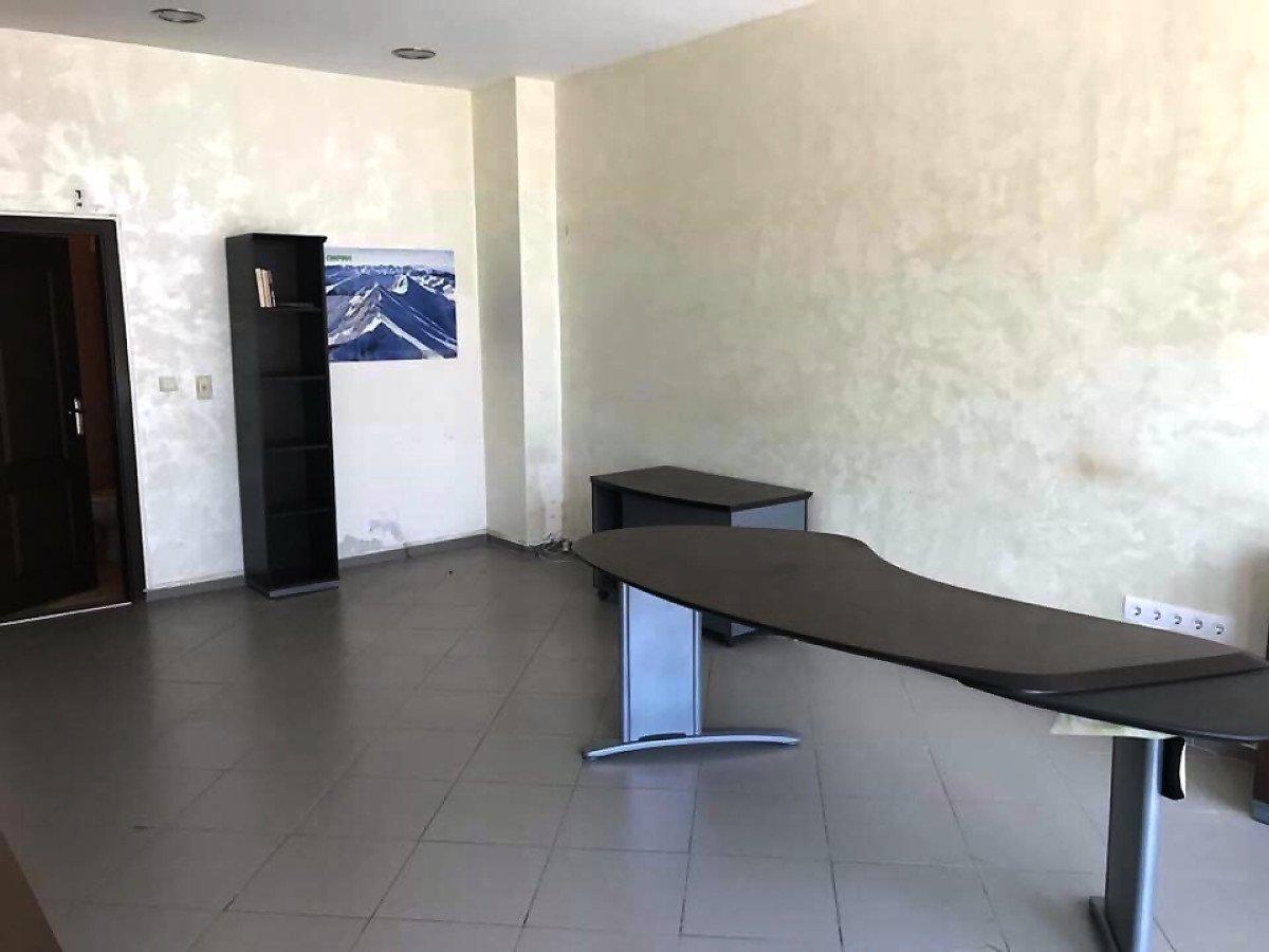 Продава: Помещение за офис или магазин