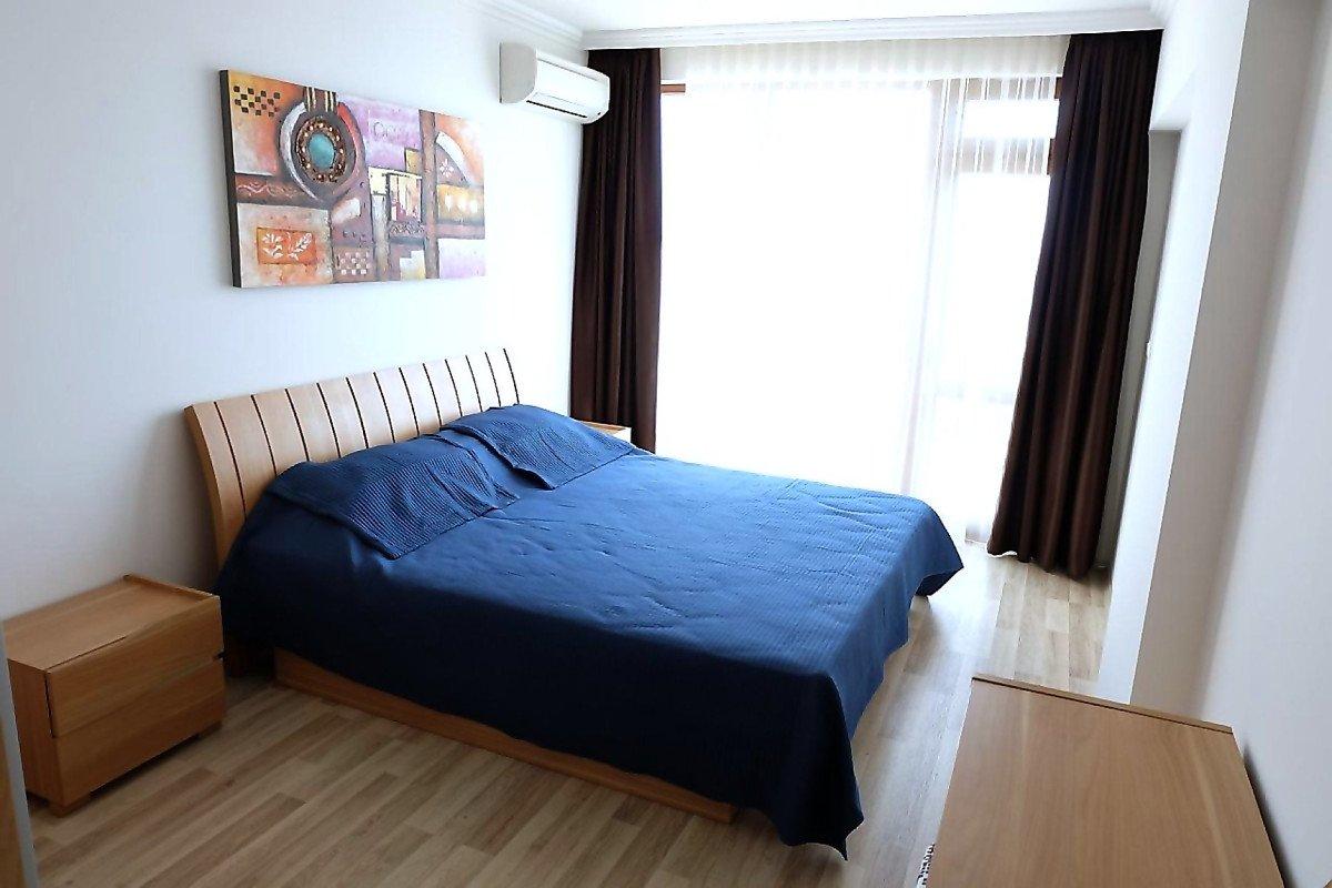 Под наем: Прекрасен апартамент с 3 спални