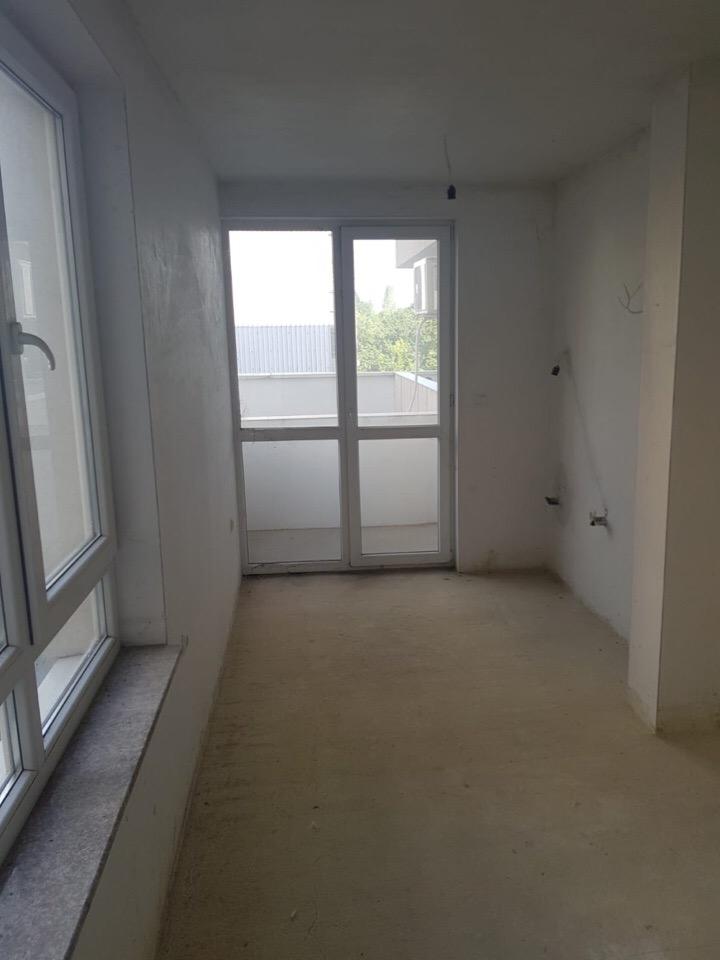 Продажа: Двухкомнатная квартира в коммуникативном месте