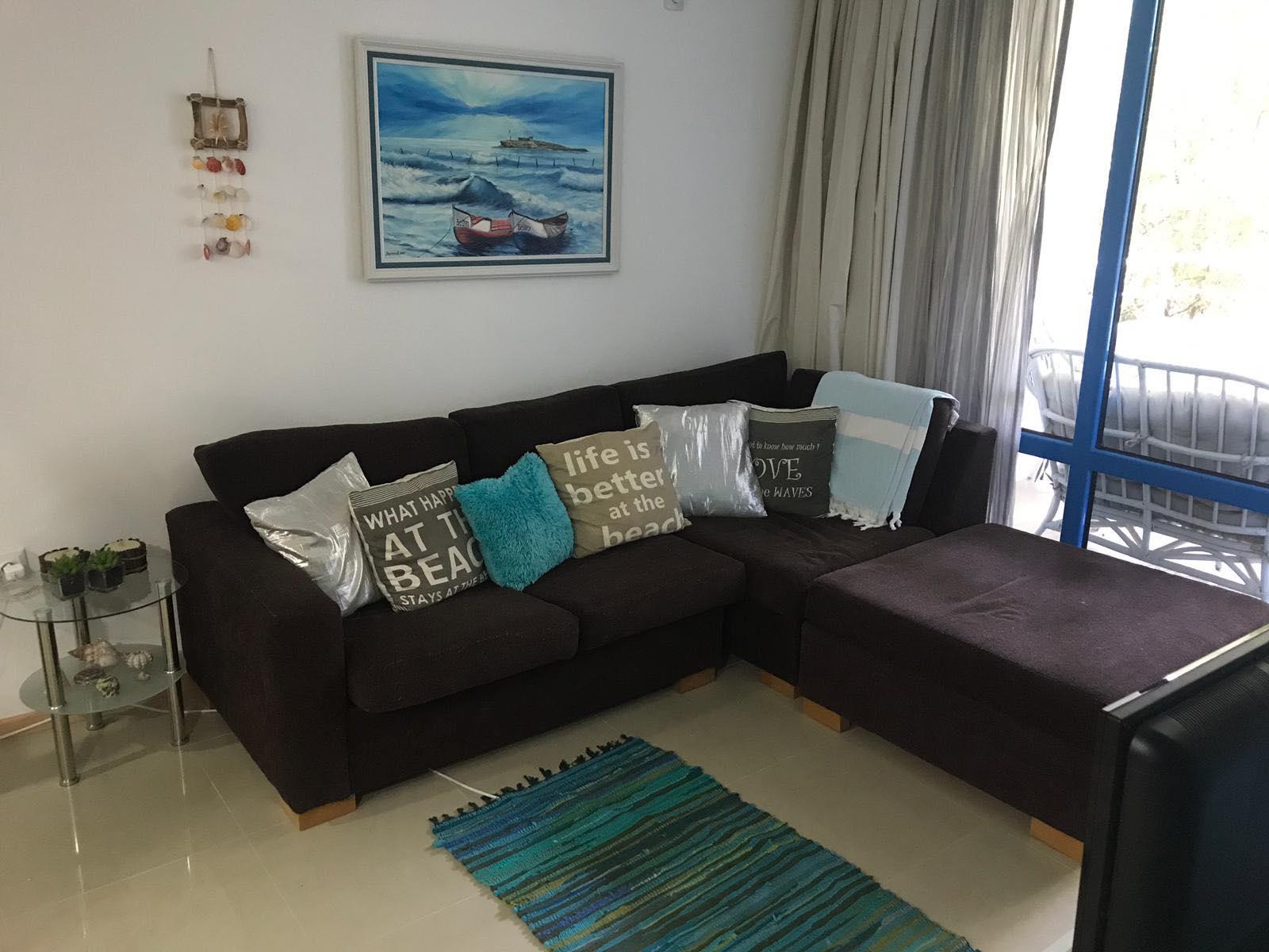 Продава: Дизайнерски апартамент, първа линия море