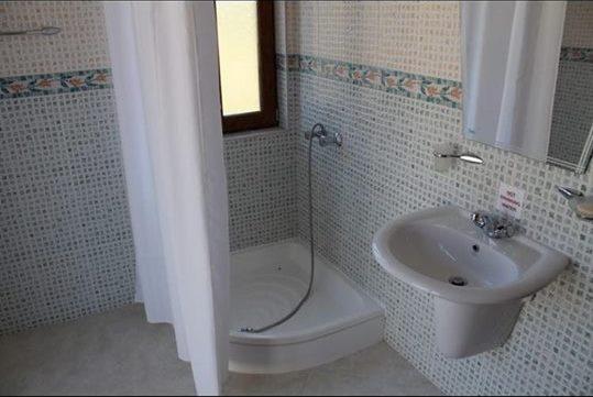 Продажа: АКЦИЯ! Таунхаус с частным бассейном по сниженной цене.