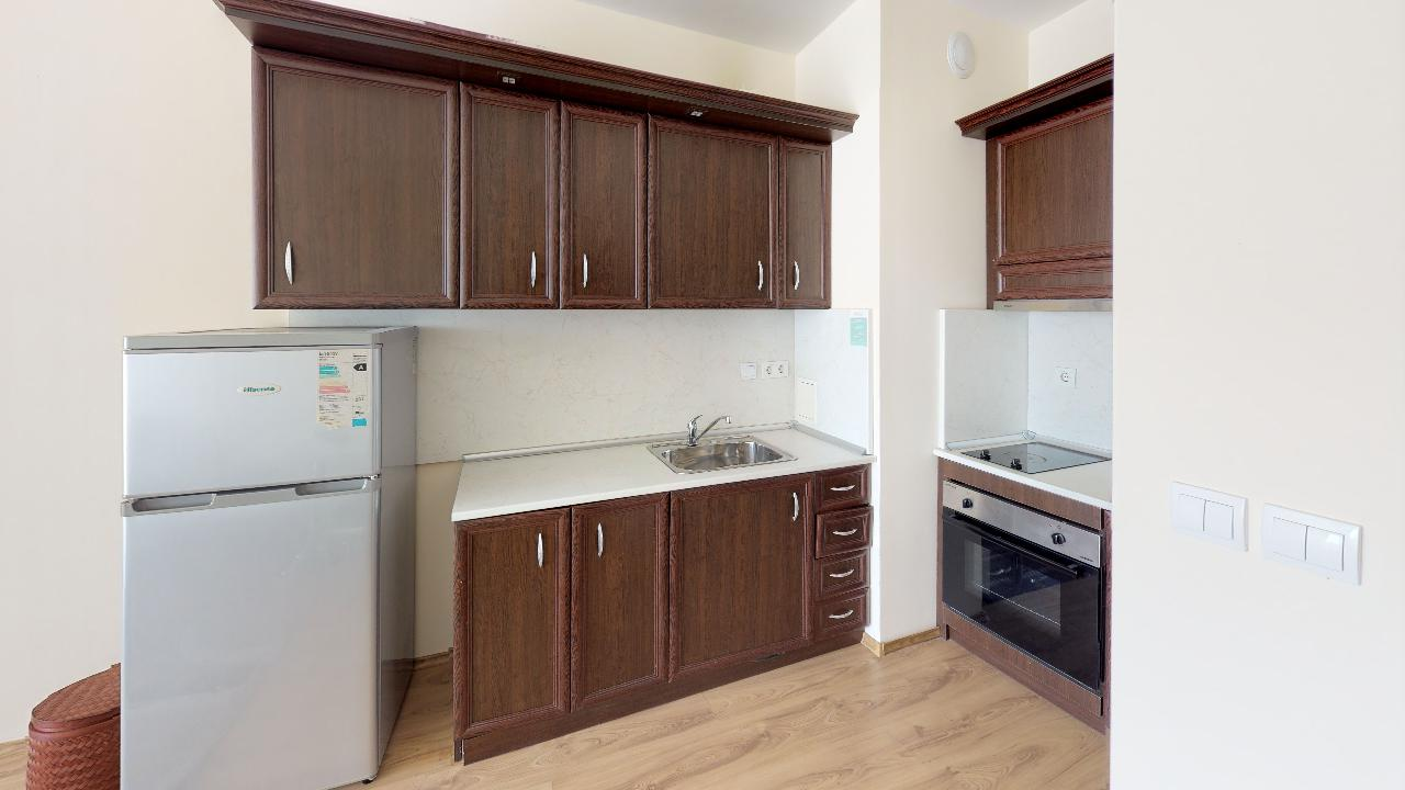 Продава: Прекрасен апартамент на първа линия от морето