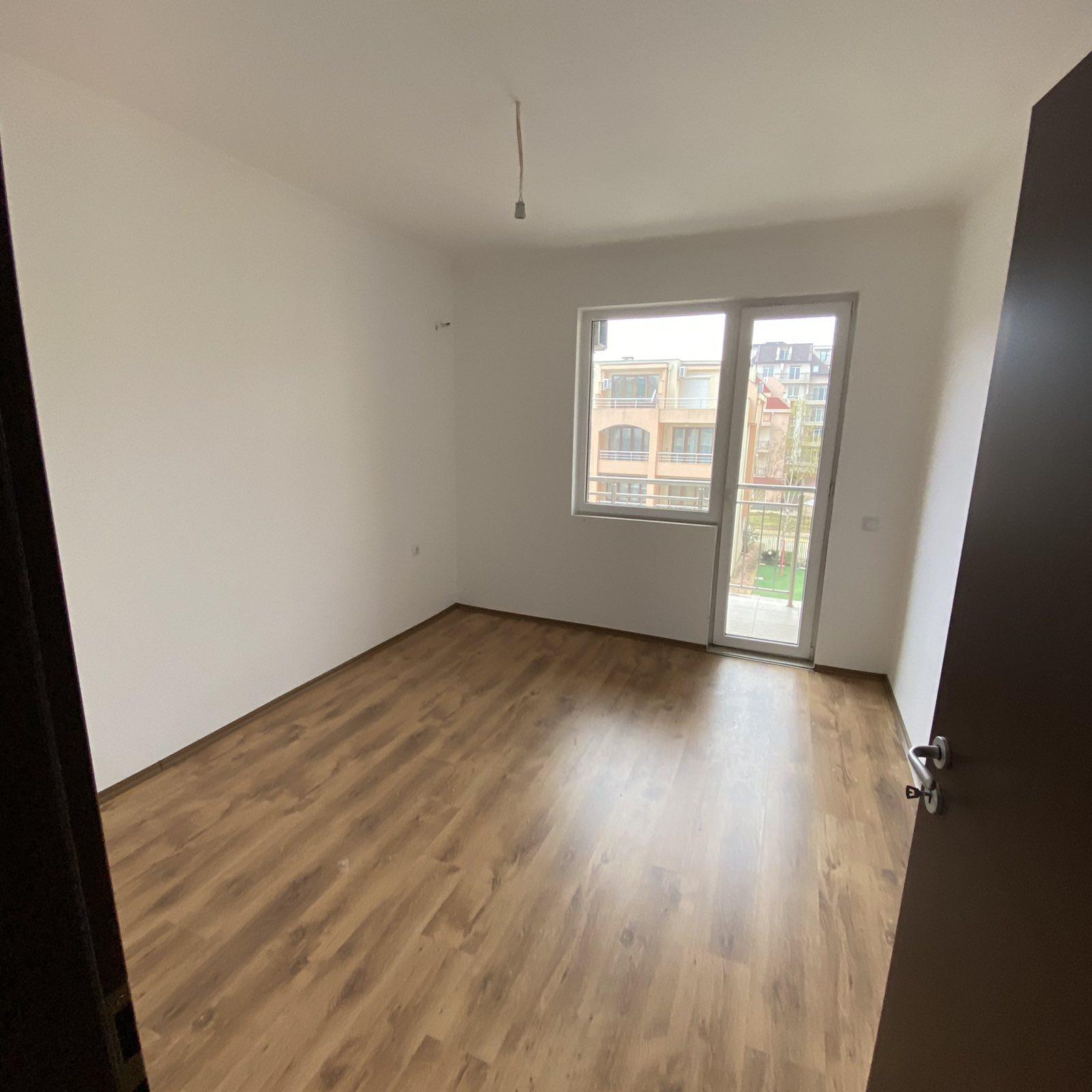 Продава: Апартамент с една спалня близо до плажа