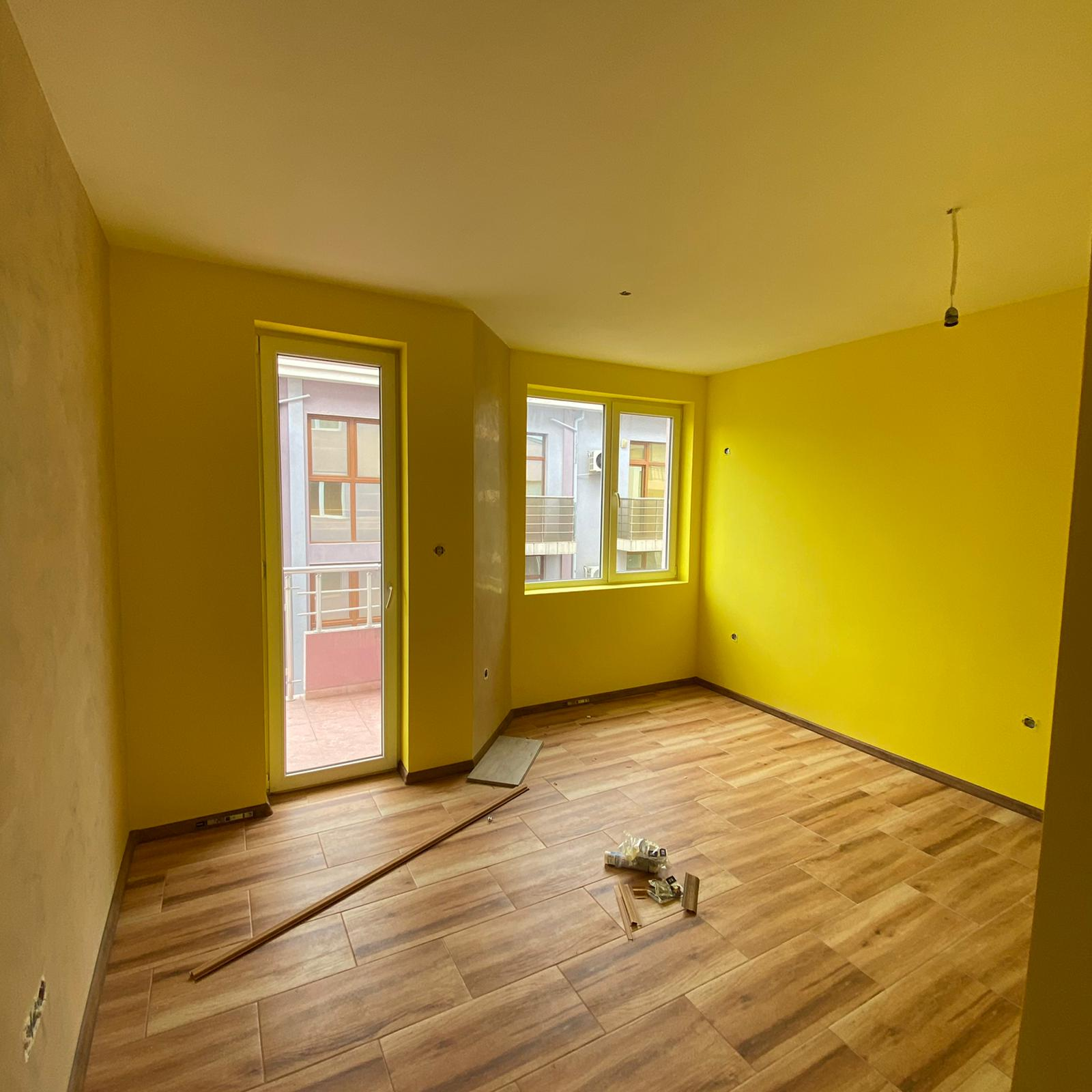 Продава: Светъл апартамент в красив район в Свети Влас.