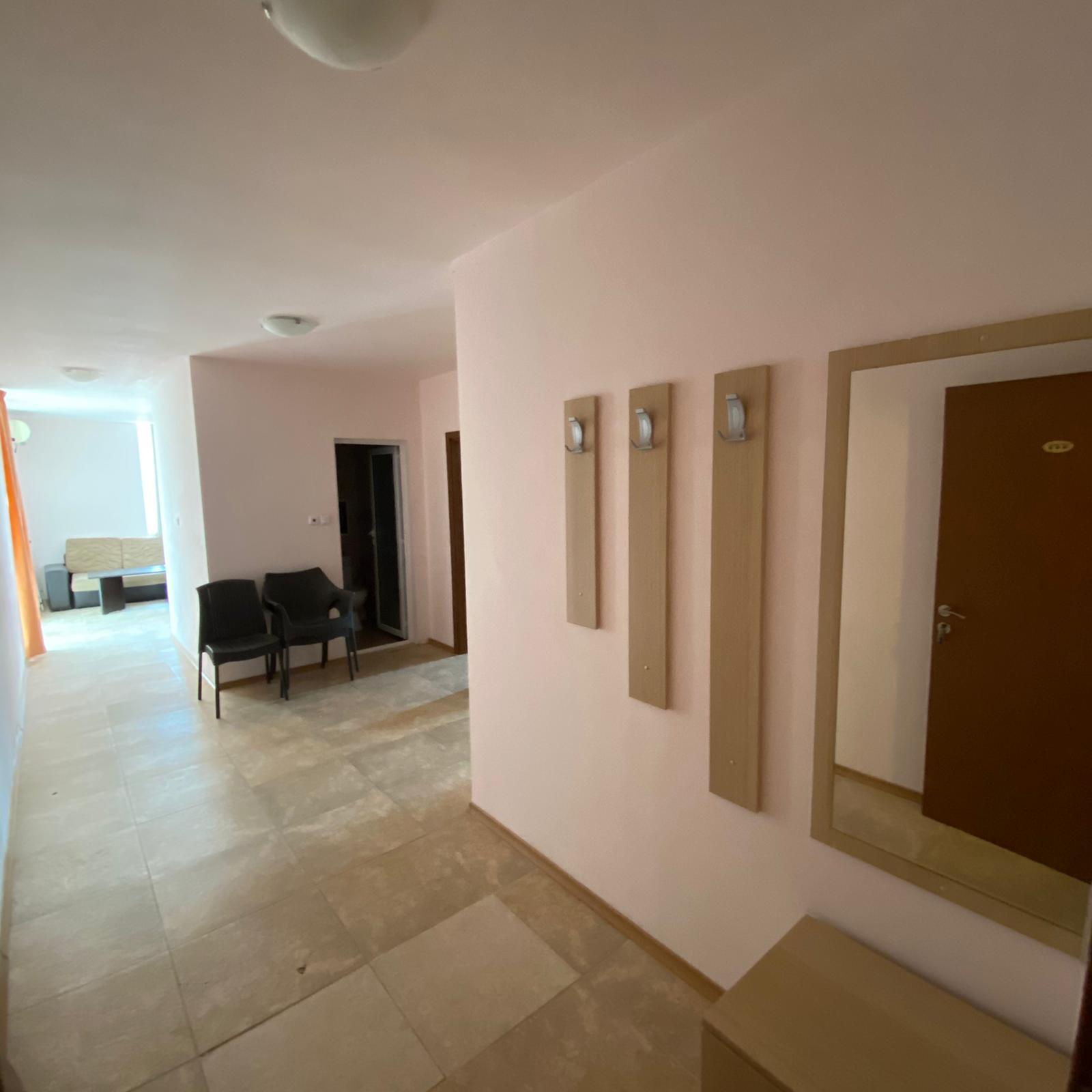 Продава: Просторен апартамент с две спални в Слънчев Бряг