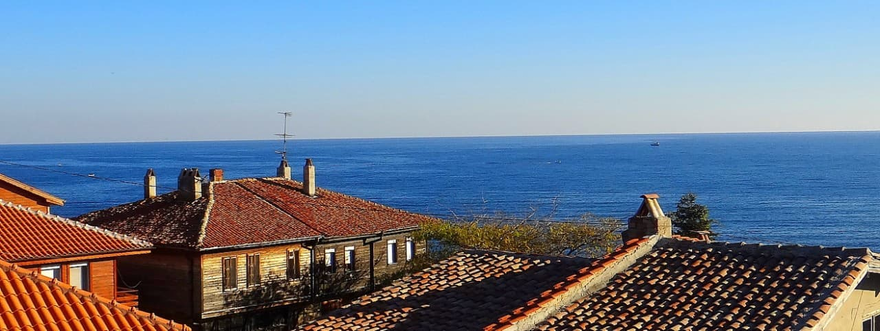 For Sale: Beautiful house by the sea