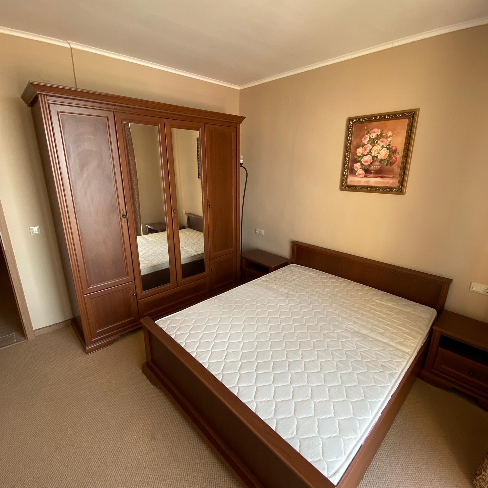 Продава: Прекрасен апартамент на брега на морето в Поморие