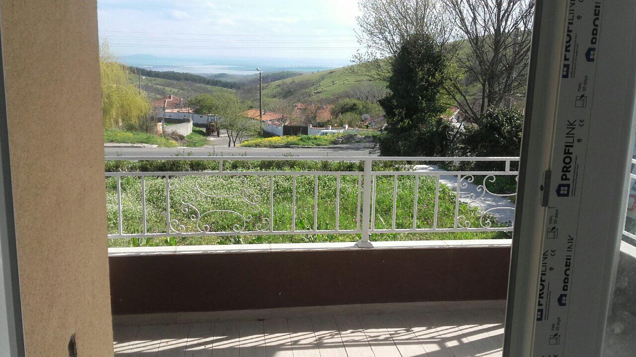 Продава: Къща в село Брястовец, само на 20 км. от Бургас.