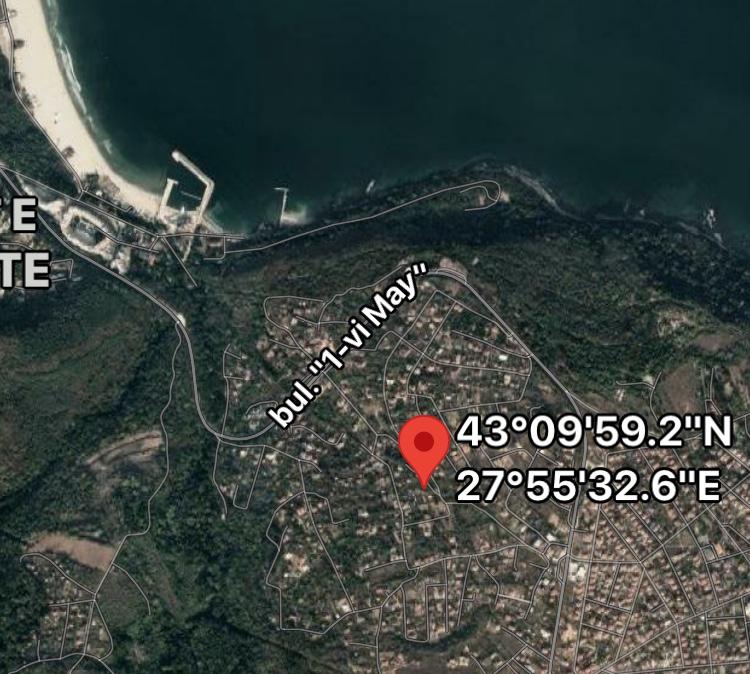 Продава: Участък само на 1 км. от плажа във Варна.