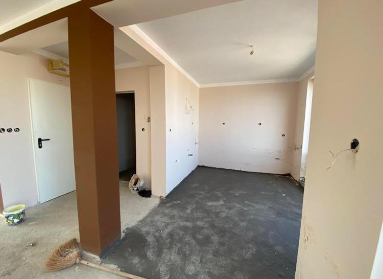 Продава: Апартамент с две спални до Приморско